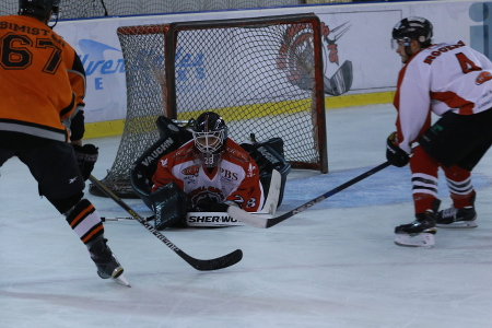 Josh Nicholls was solid in net all evening (Steve Crampton)