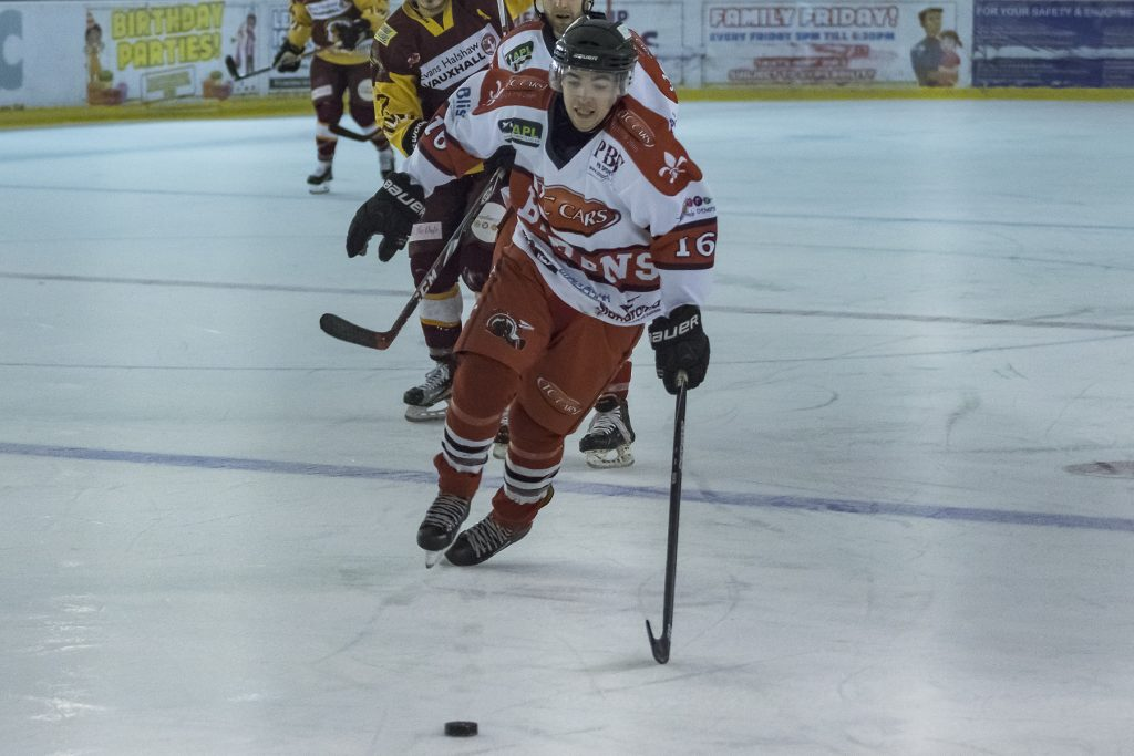Andy Whitehouse would not be denied the empty net goal ! (Steve Crampton)