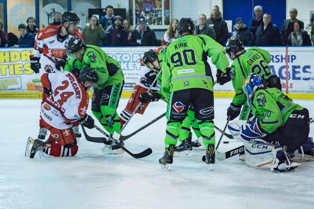 Scrambles round the Hull net (Steve Crampton)
