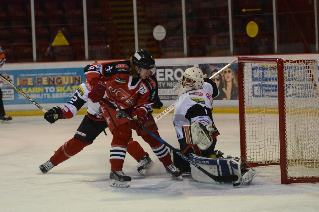 Niklas tries for a gap (J&K Davies)